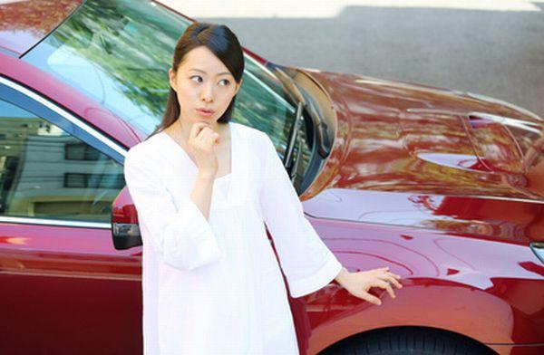 GPS追跡機を車に取り付ける方法と注意点